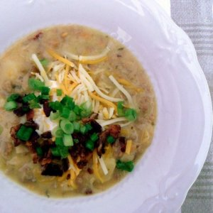 Bacon Cheeseburger Soup via MintGrapefruit