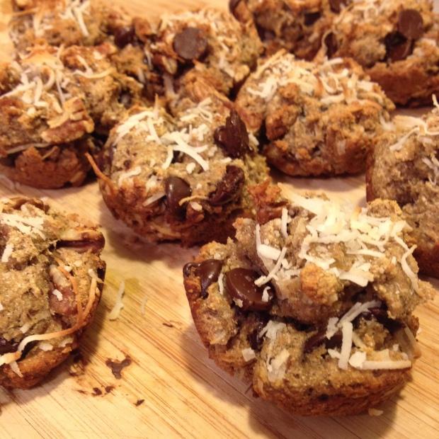 Coconut Banana Muffins via MintGrapefruit {Gluten-free, Dairy-free, Egg-free, Sugar-free}